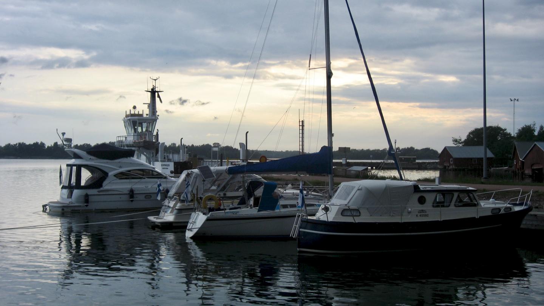 Suwena in the marina of Jurmo