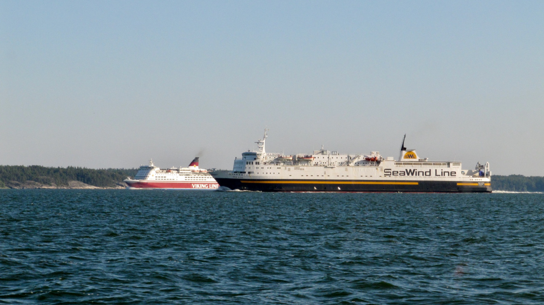 Viking Line ja SeaWind Line Airistolla