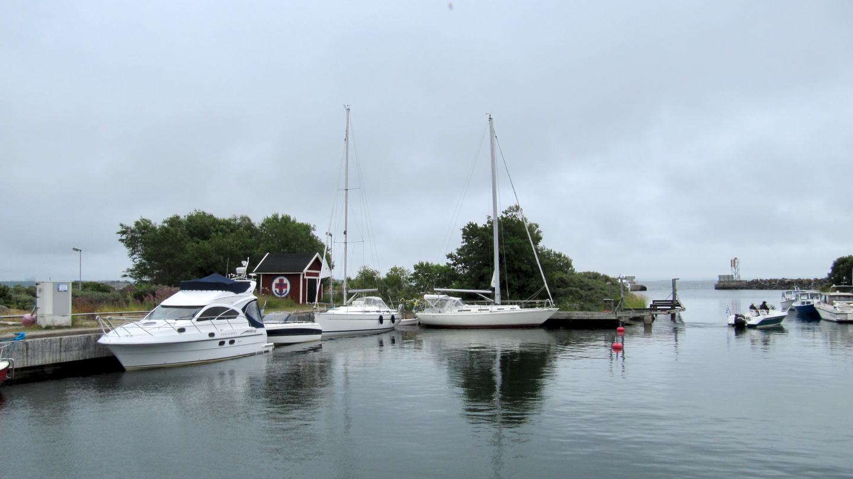 Suwena in the marina of Kylmäpihlaja