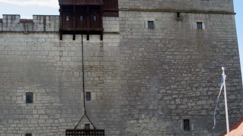 Kuressaaren linnoituksen linnan sisäportti