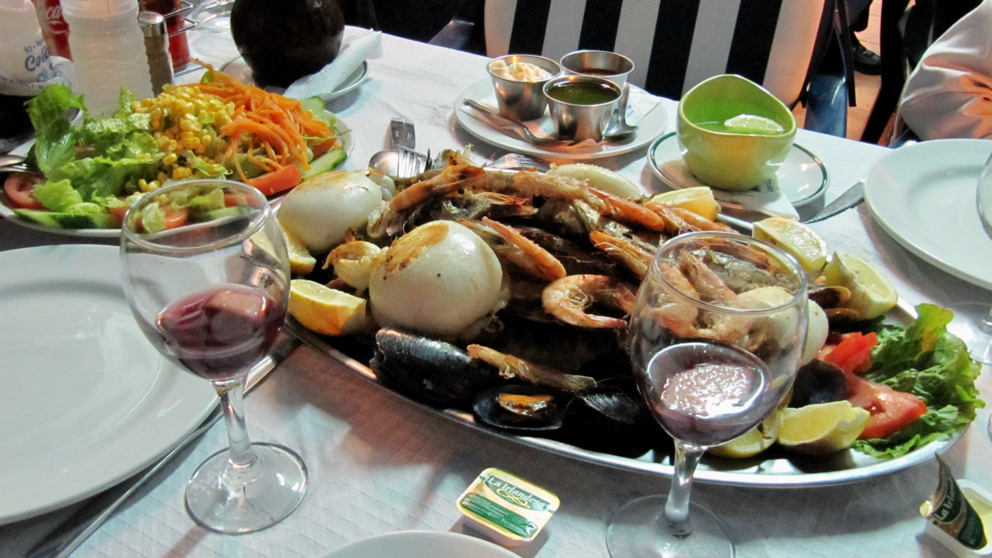 Seafood at marina Las Galletas in Tenerife