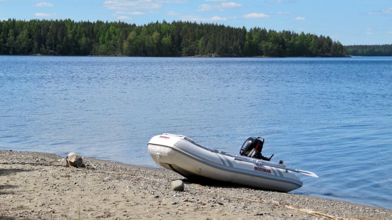 Pikku Suwena on the beach of Hietasaari
