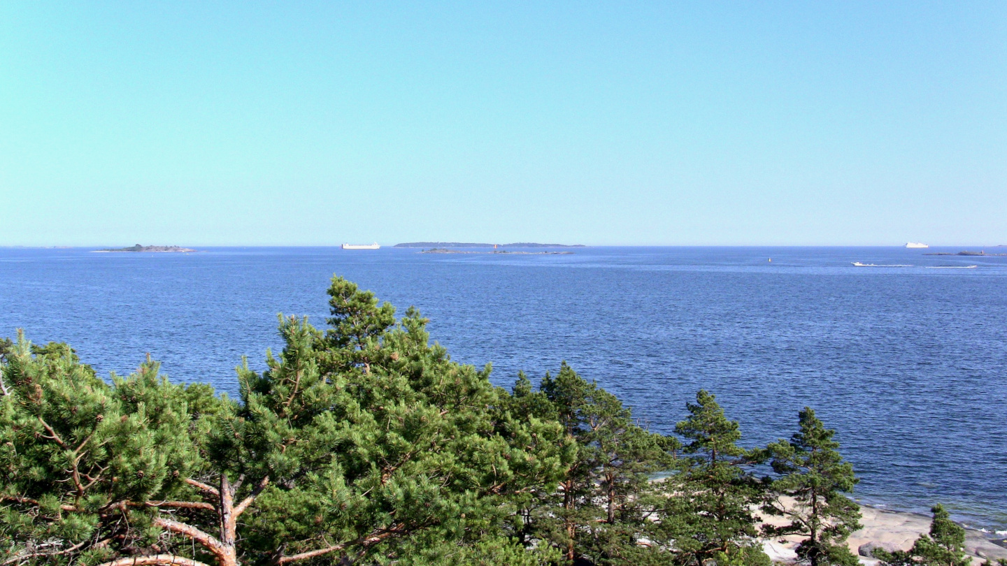 Sea view from the Myrskykallio of Villinki