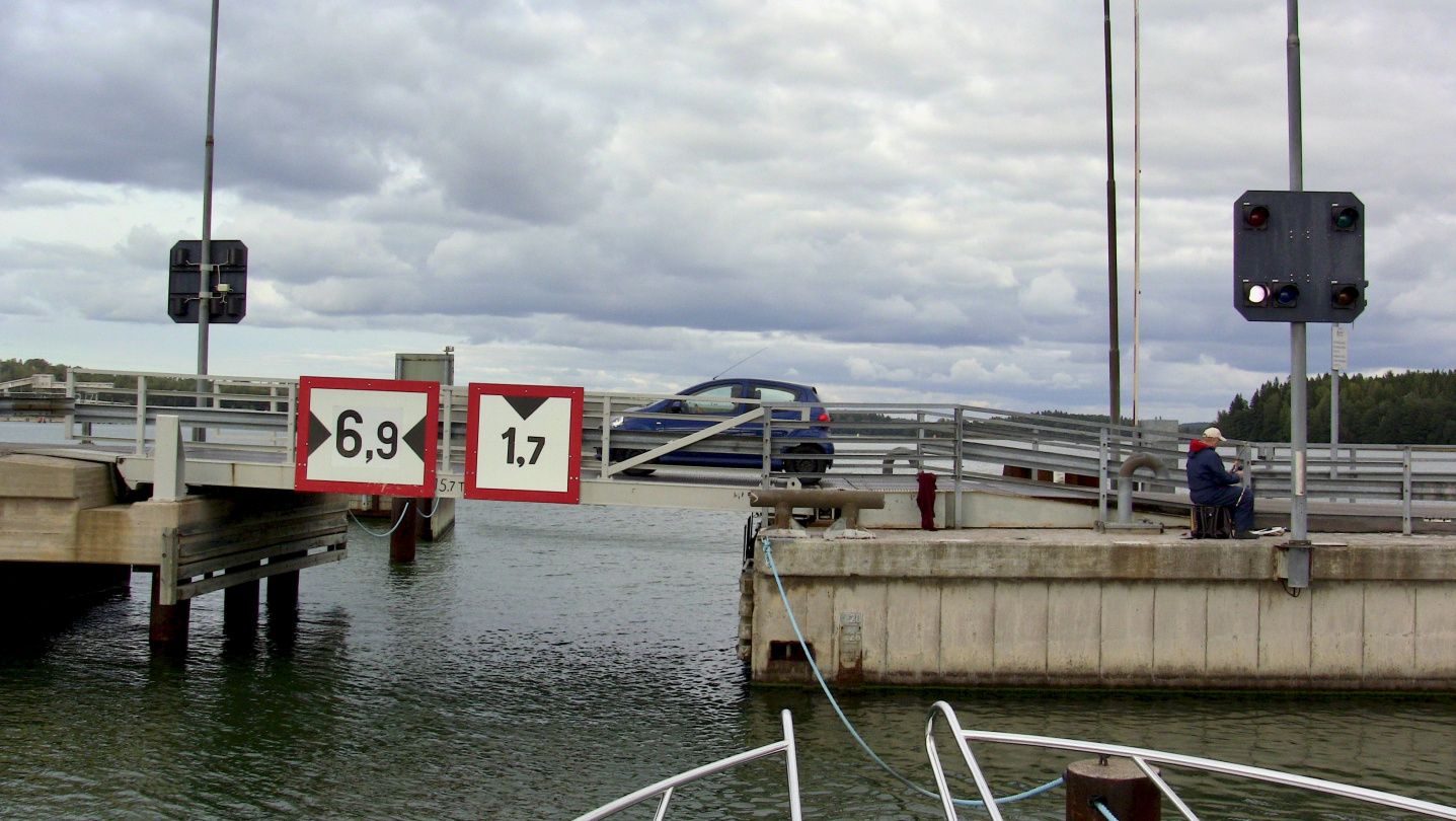 The lifting bridge of Parainen