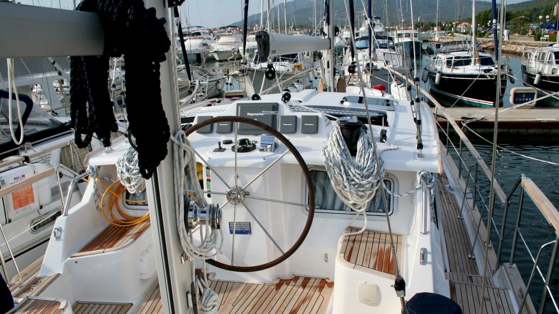 Nauticat 441 deck