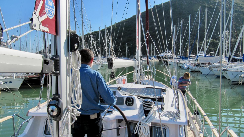 Starting of Nauticat 441 seatrial
