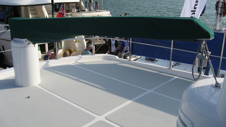 Crane on the upper deck of Nordhavn 47