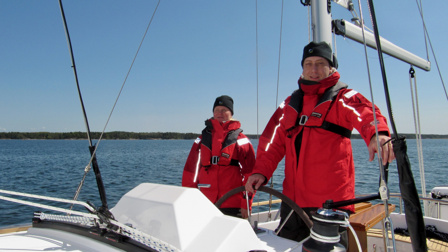 Andrus in helm of the brand new Suwena