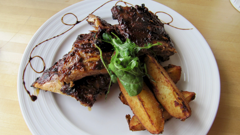 Famous ribs of restaurant Buffalo in Verkan