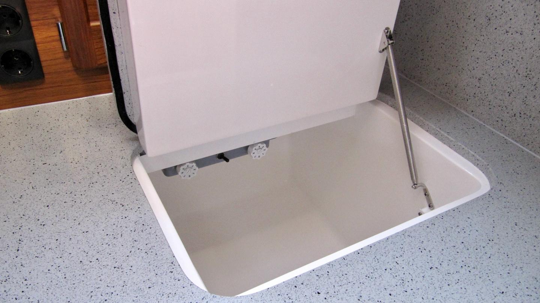 Suwena's smaller freezer