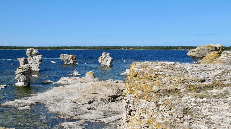Limestone statues on the shore of the Gamla Hamn in Fårö