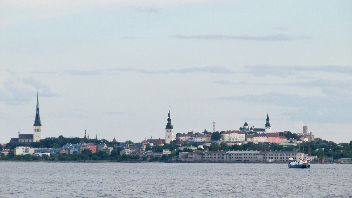 The silhuette of Tallinn's old city