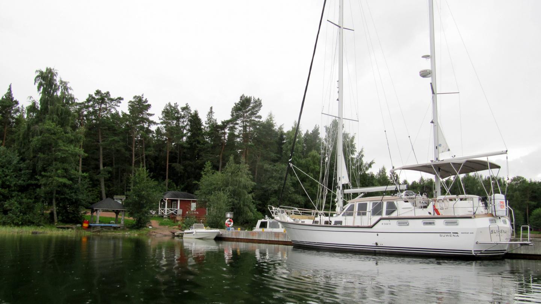 Suwena in Högsåra Kejsarhamn harbour