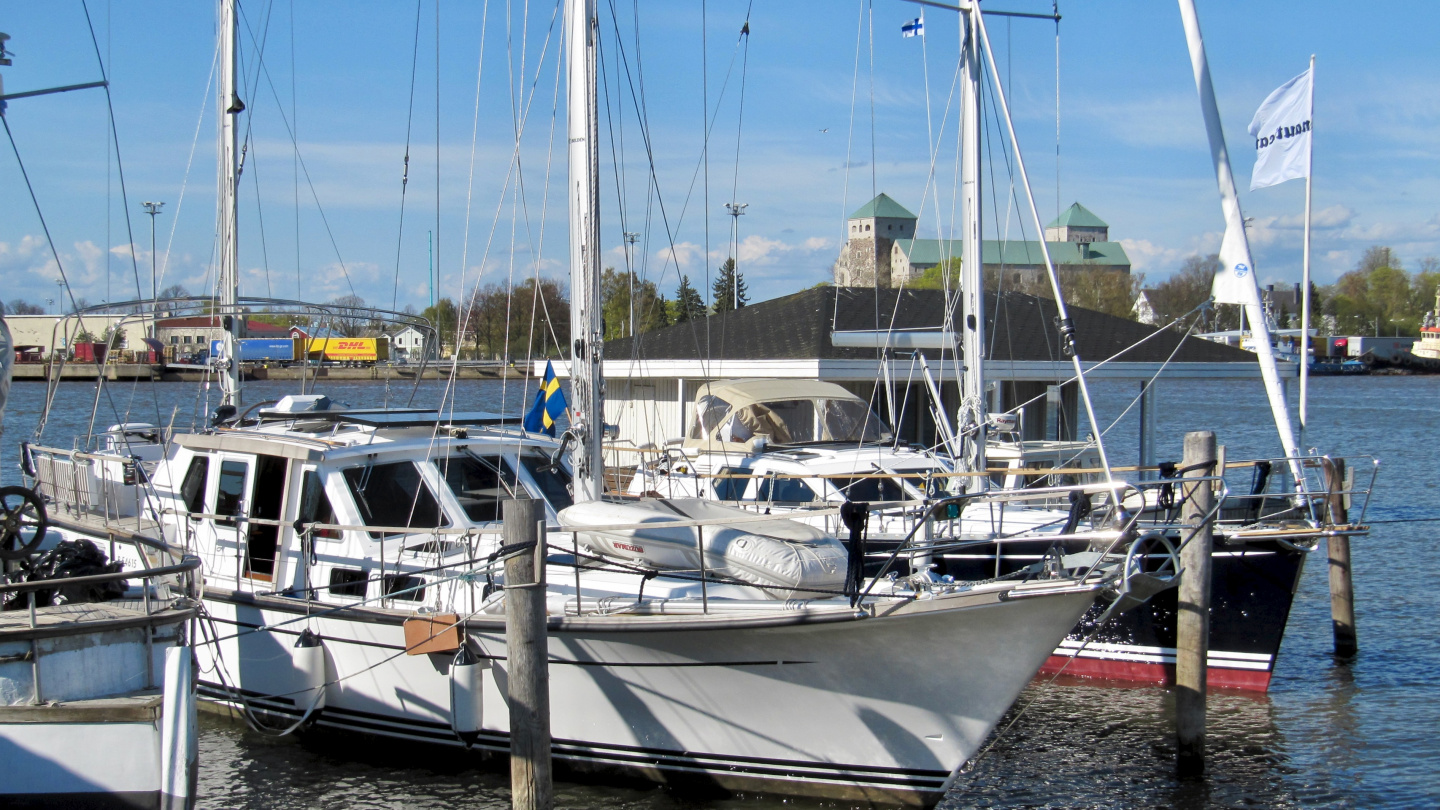 Suwena and Easycat in Hirvensalo boatyard in Turku