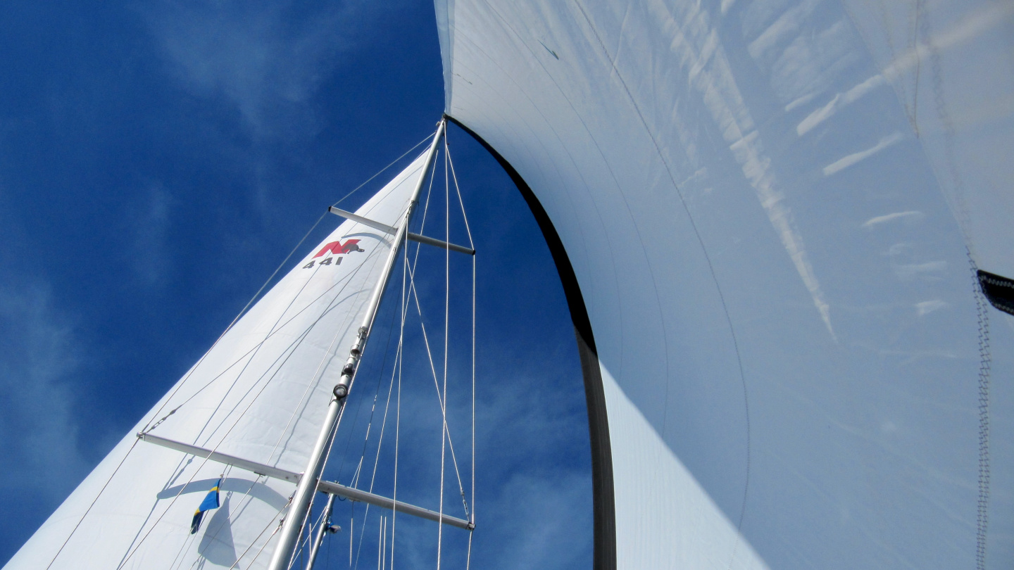 Suwena's sails trimmed on goose wing
