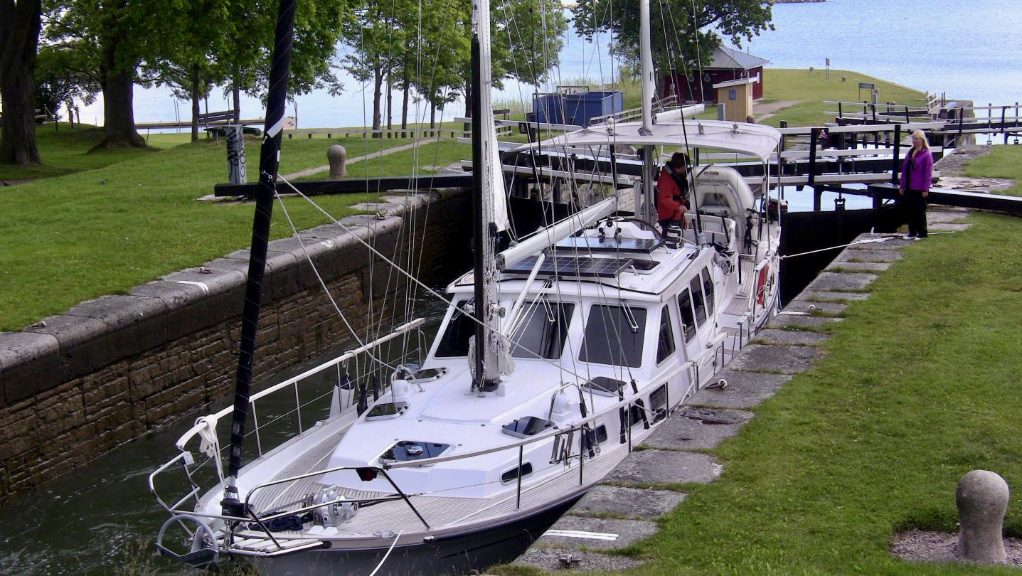 Suwena in Carl Johans locks