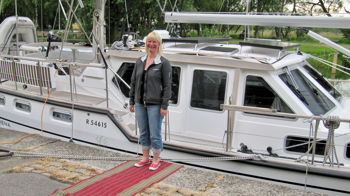 Eve on the red carpet in Vadstena marina