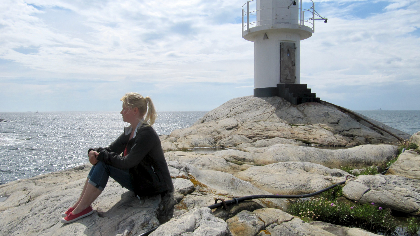 Eve at Skallens lighthouse, Kattegat is on the left and Skagerrak on the right side