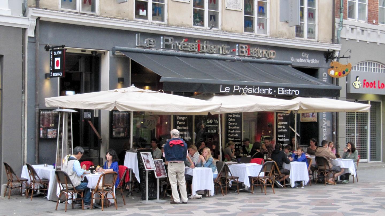 Le President Bistro ravintola Kööpenhaminan kävelykadulla