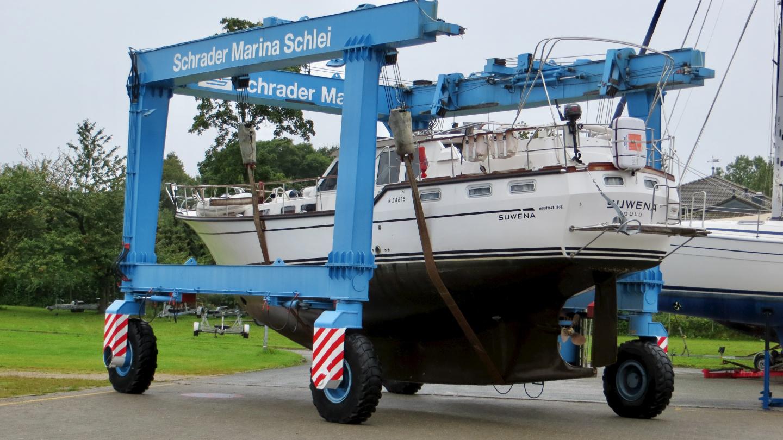 Suwena matkalla pohjanpesupaikalle Schrader Marinassa