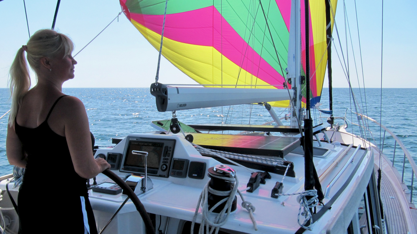 Eve is steering Suwena on southern Baltic Sea