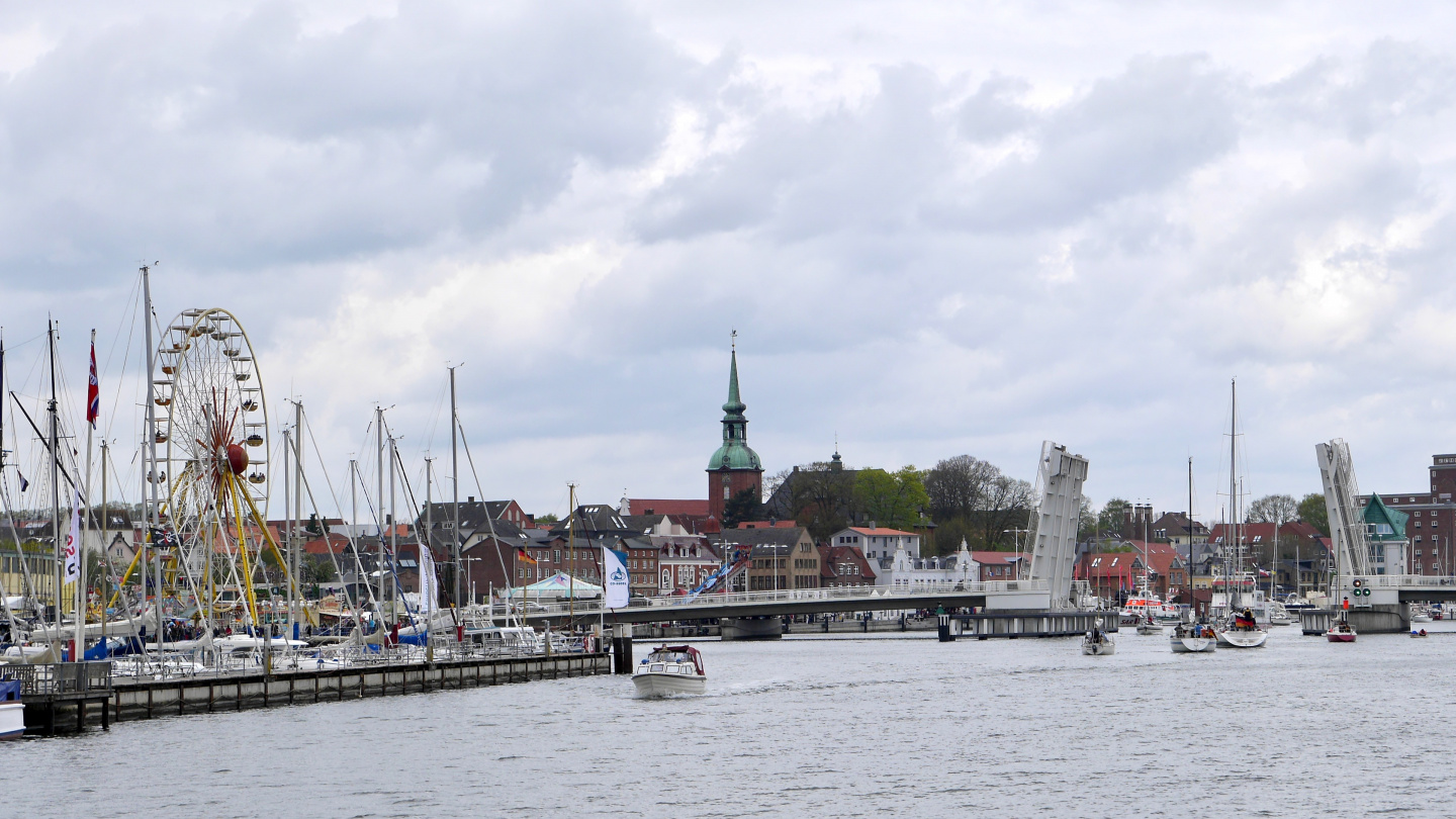 The herring festival of Kappeln