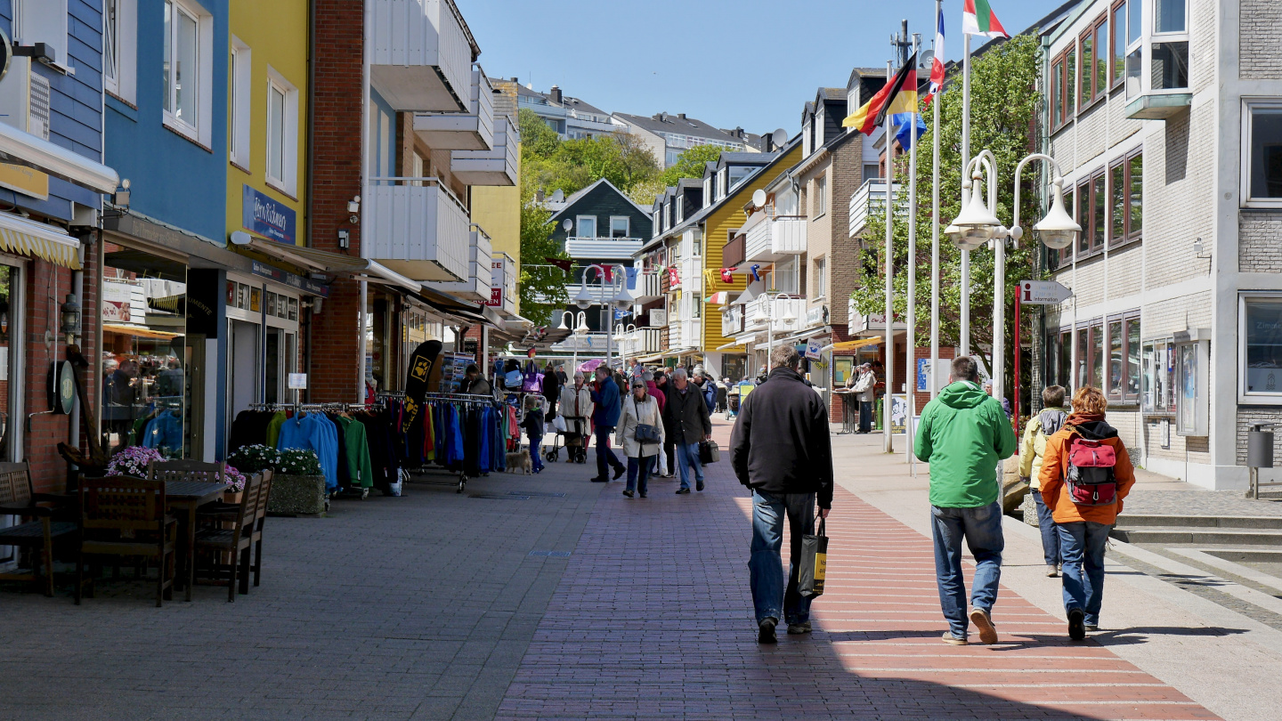 Tax-free shopping street in Helgoland
