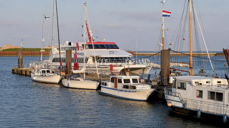 Suwena Borkumin Burkana marinassa