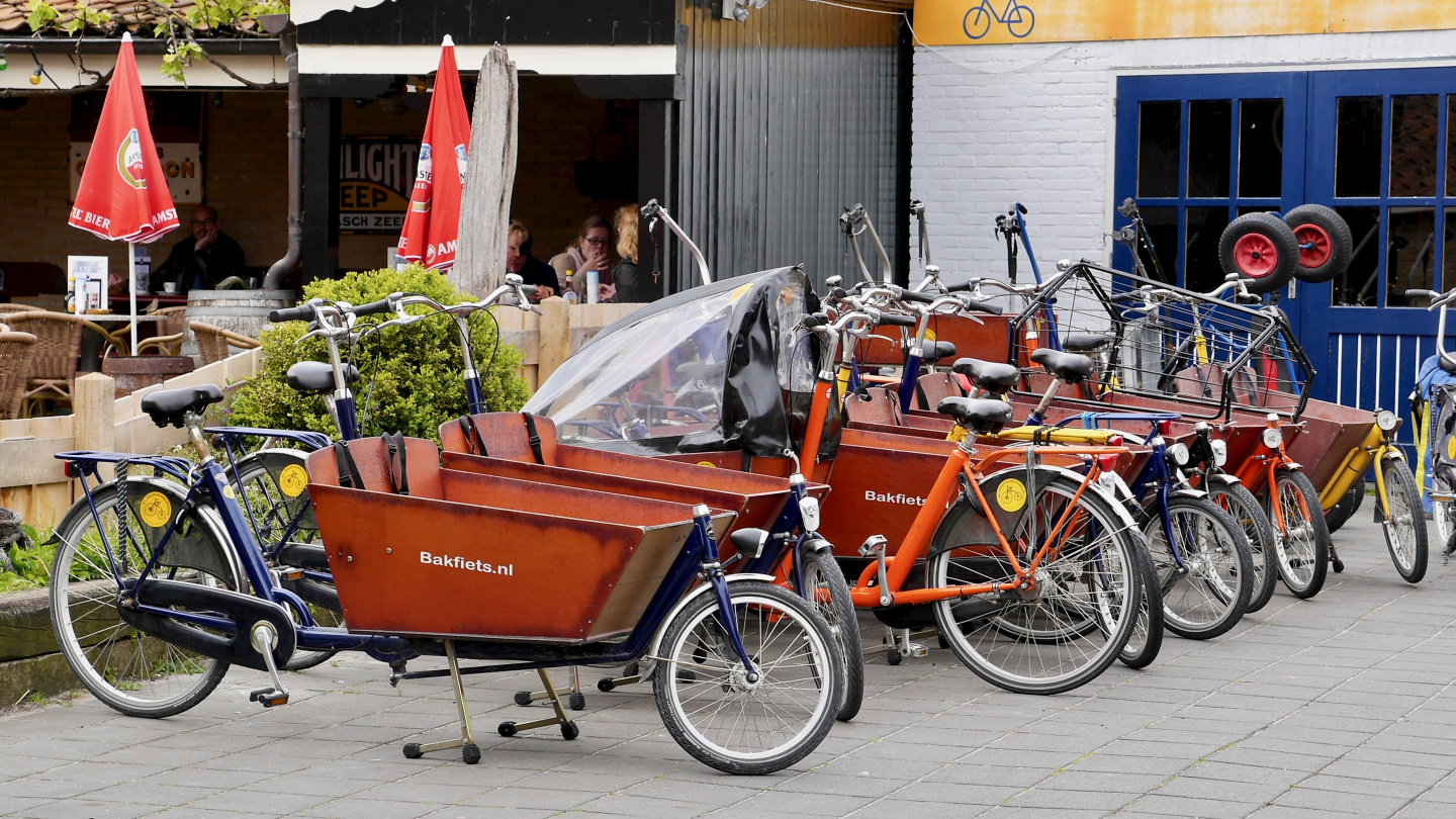 Cargo bicycles for rent in Vlieland