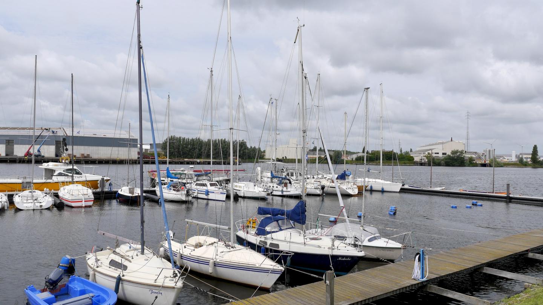 BZYC yacht club marina in Bruges