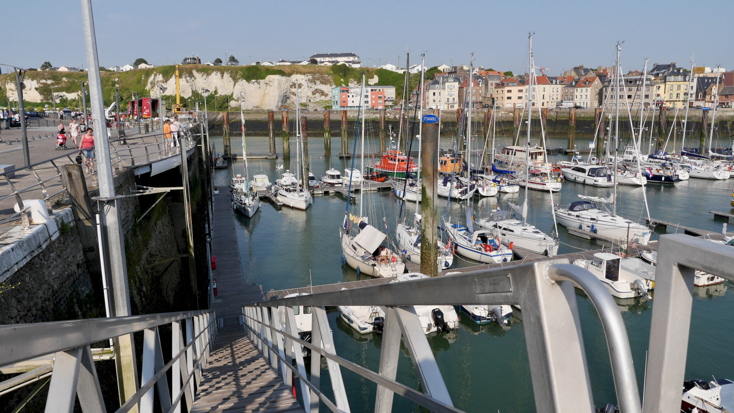 Dieppe marina during the low water