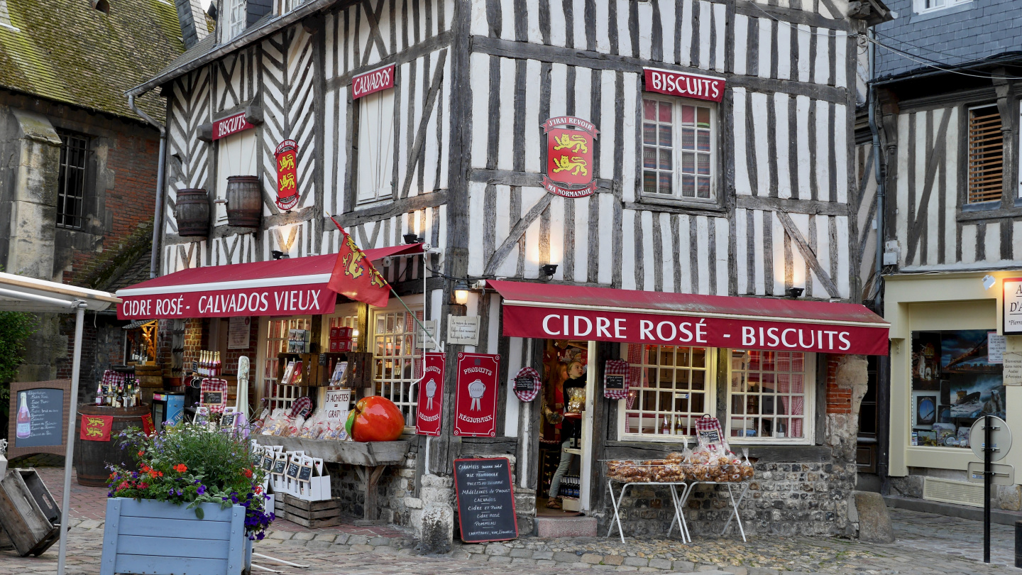 The boutique of cider and calvados in Honfleur
