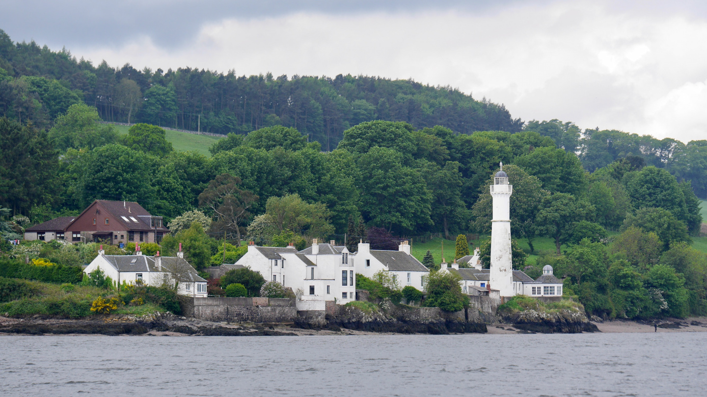 Lighthouse on the shore of the river Tay