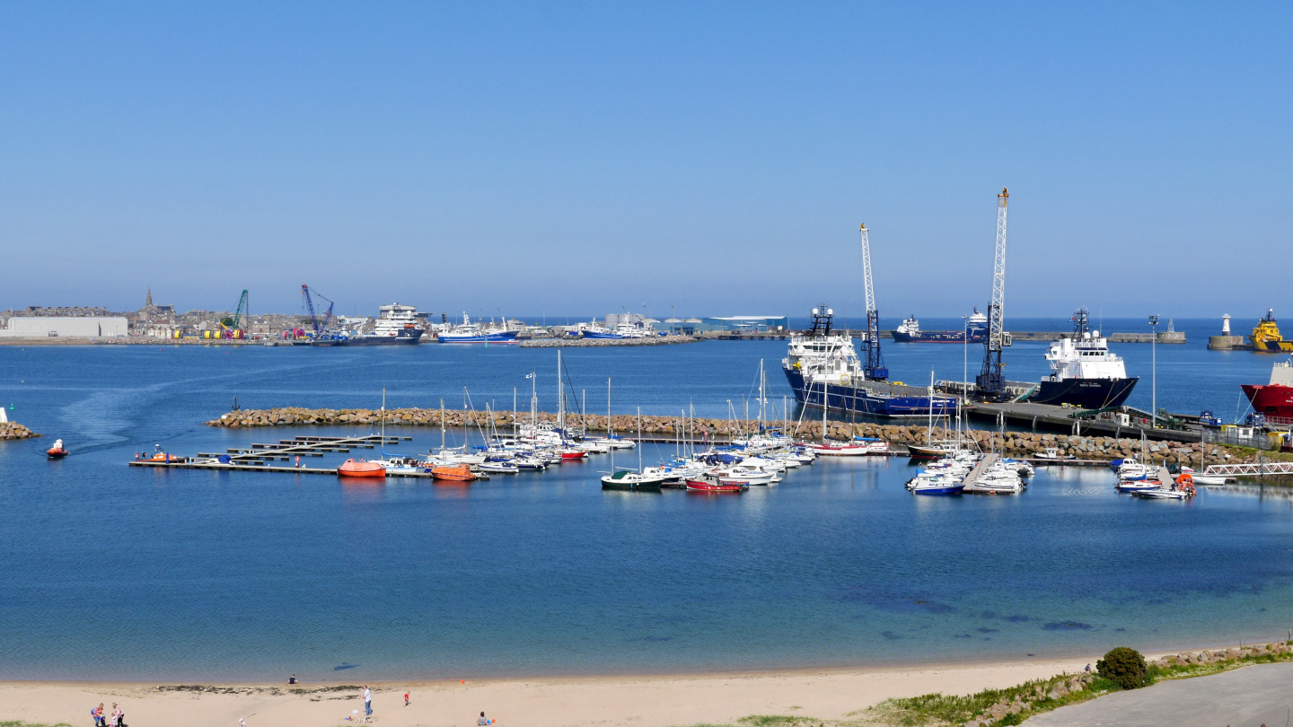 Boats and oil rig support vessels in Peterhead