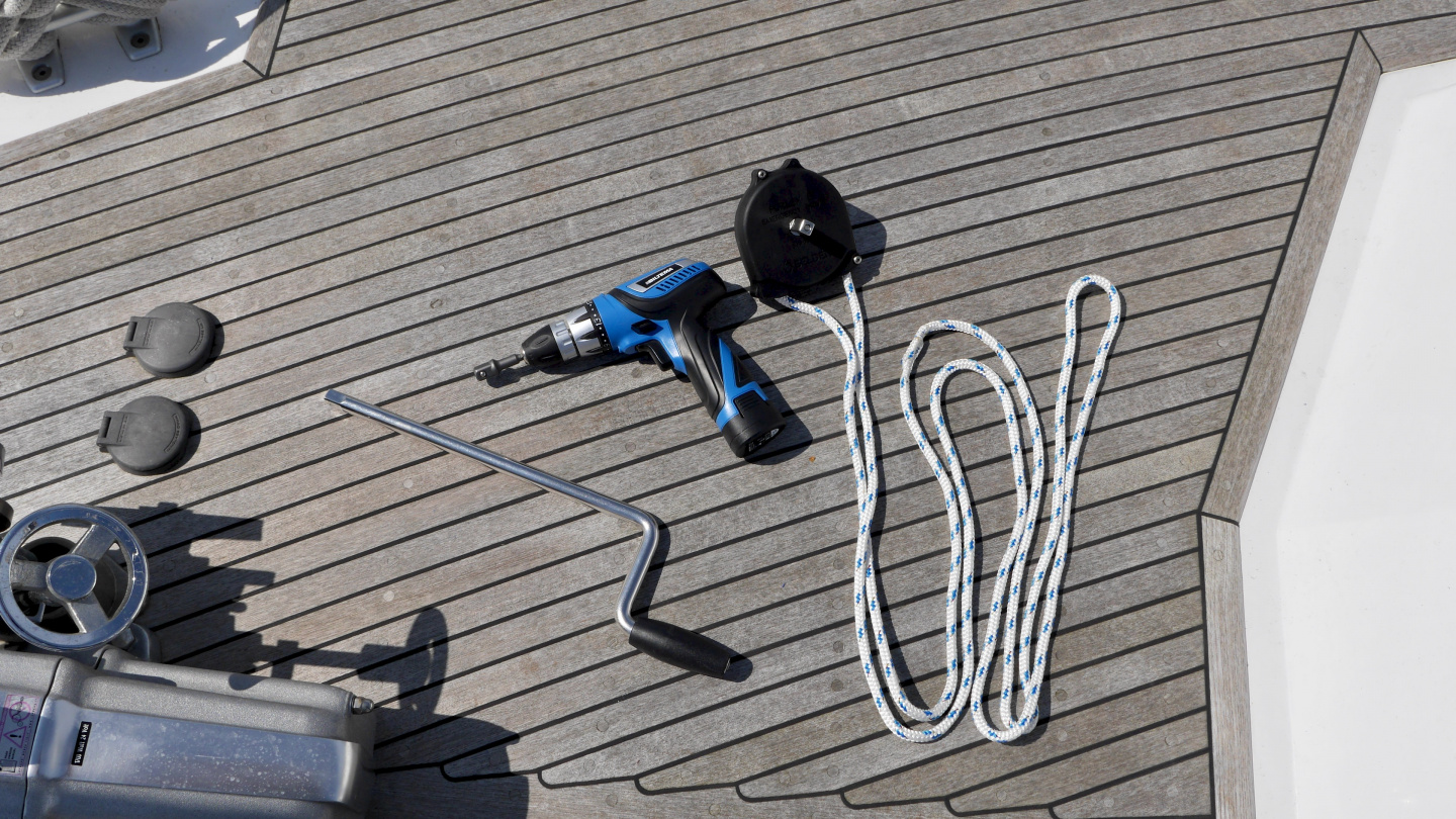 Emergency tools for furling sails