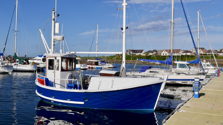 Söpö kalastuslaiva Kirkwallissa
