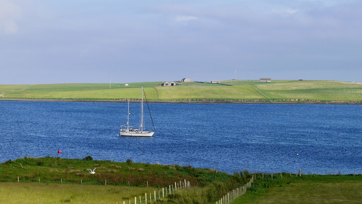 Suwena anchored between the islands of Rousay and Wyre