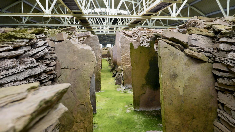 Midhowe hautakammio Rousay saarella Orkneylla