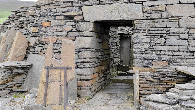 Midhowe broch sisäänkäynti Rousay saarella Orkneylla