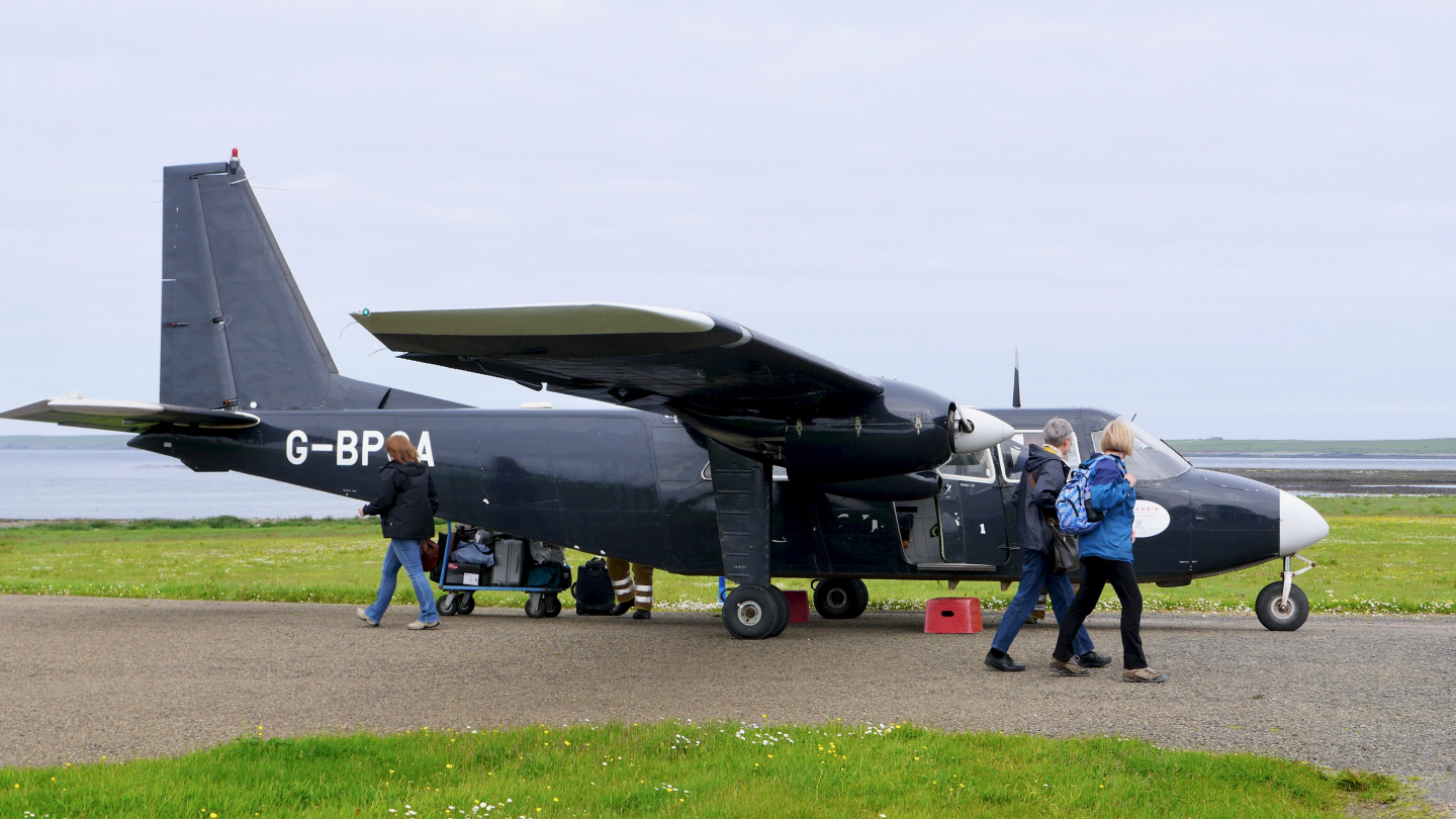 Last call of the flight to Kirkwall in Westray