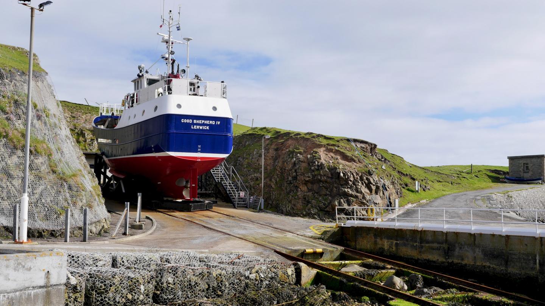 Fair Isle - Shetland yhteysalus kallioparkissa