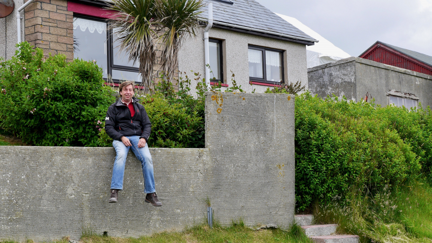 Suwena's northernmost palm at 60 degrees 8 minutes north in Shetland