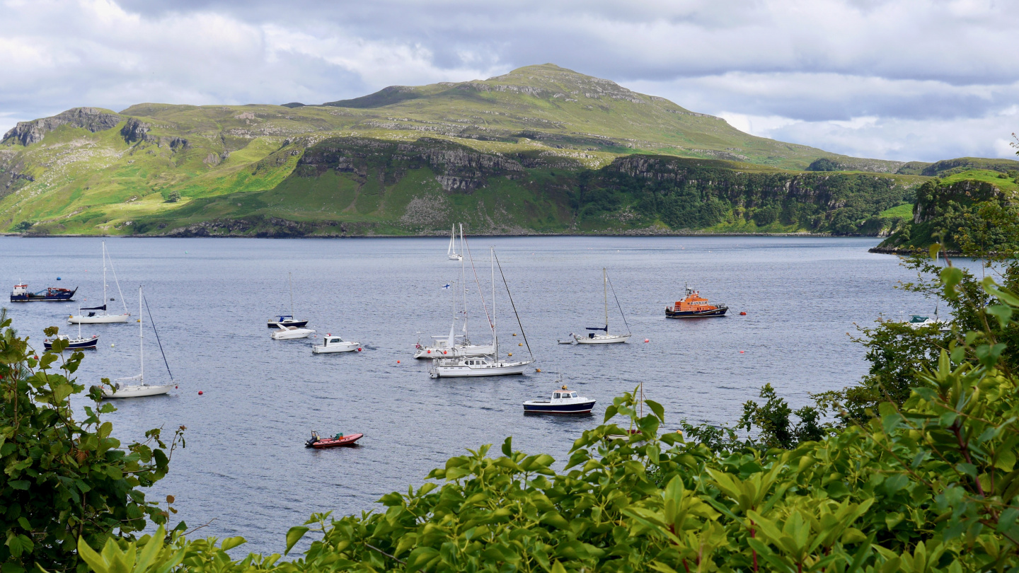 Suwena in the anchorage of Portree