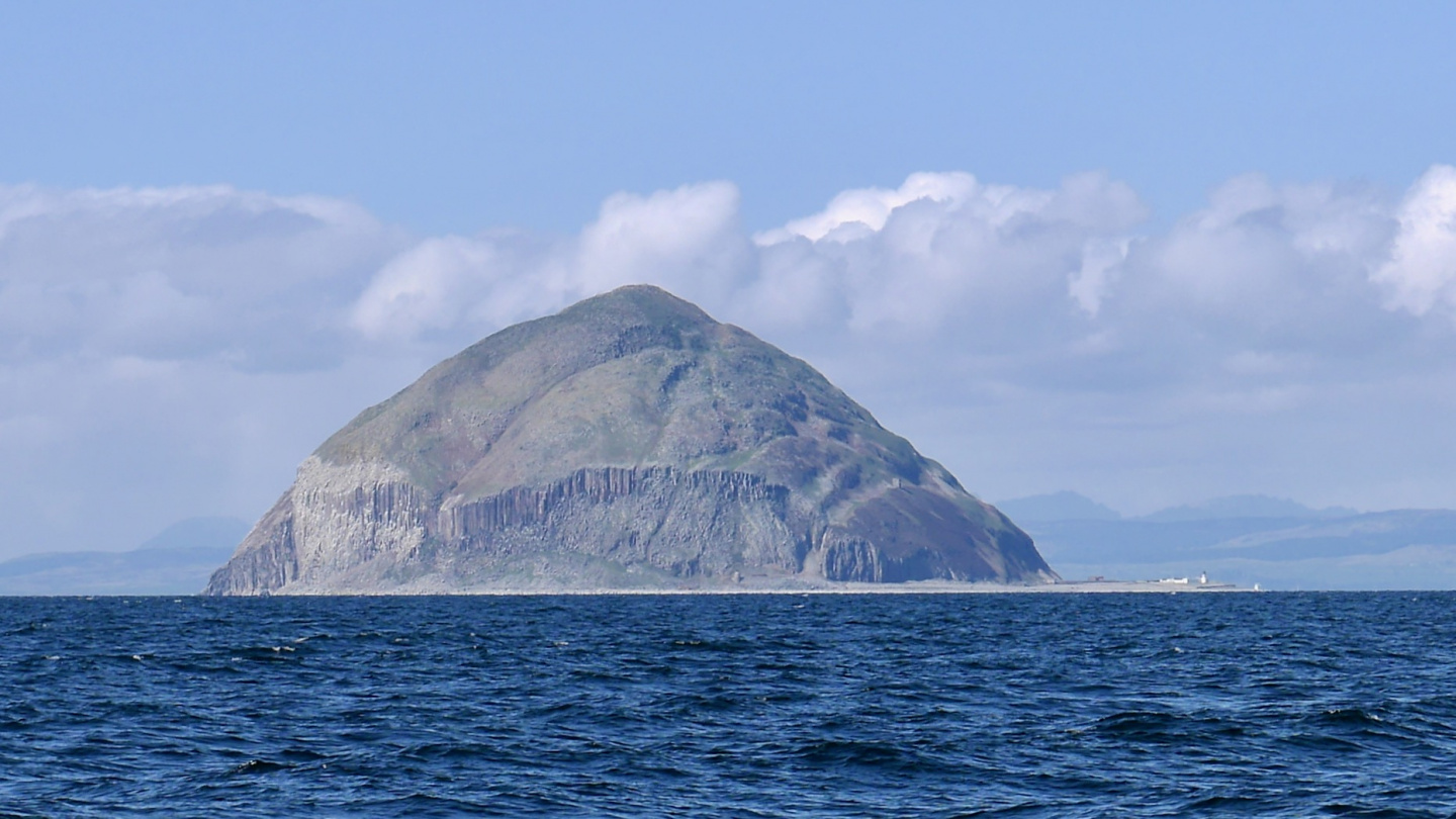 Muffin island Alisa Craig on Firth of Clyde