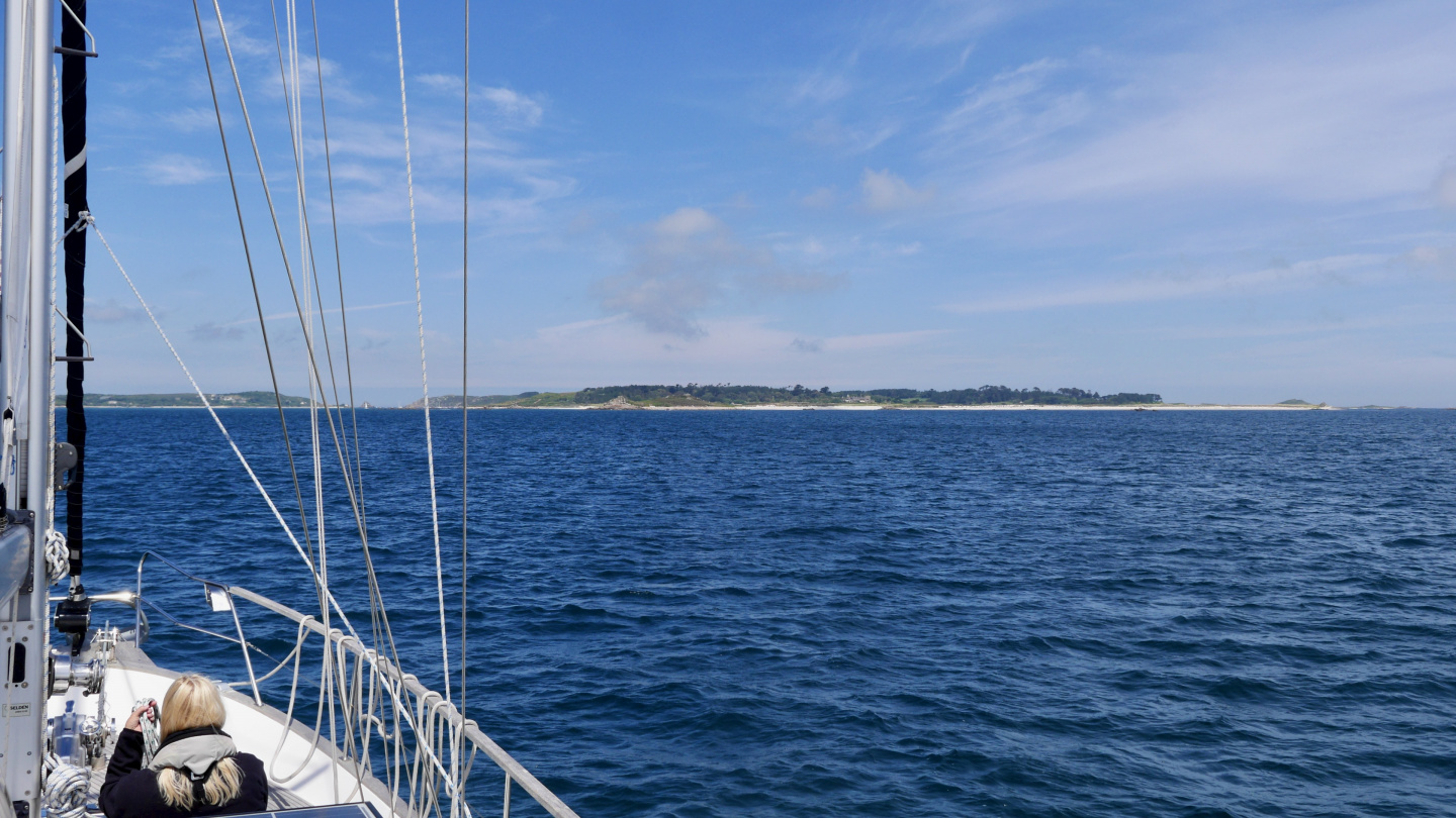Suwena on a way to the island of Tresco on the Isles of Scilly