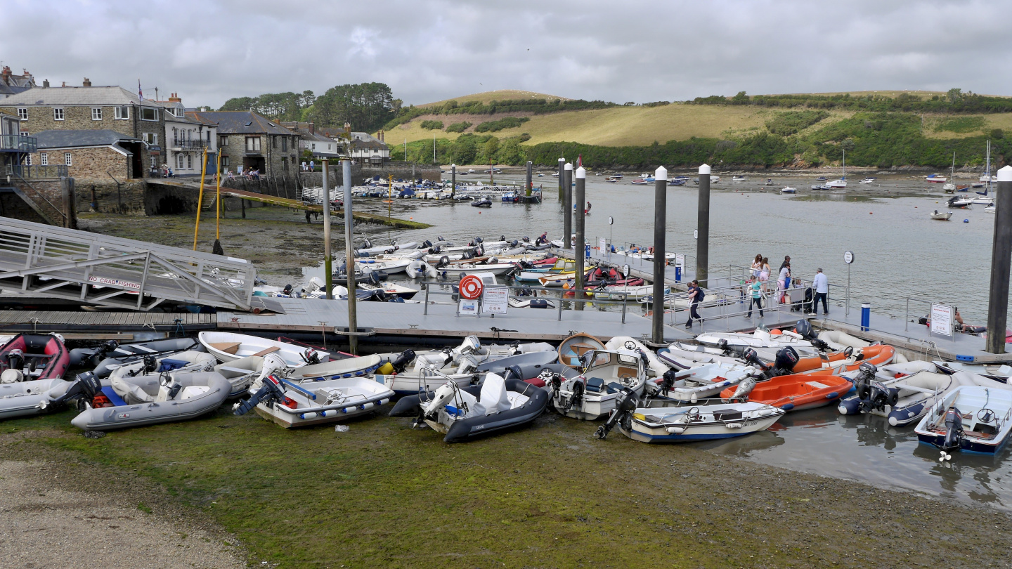 Salcombe dinghy dock at the low water