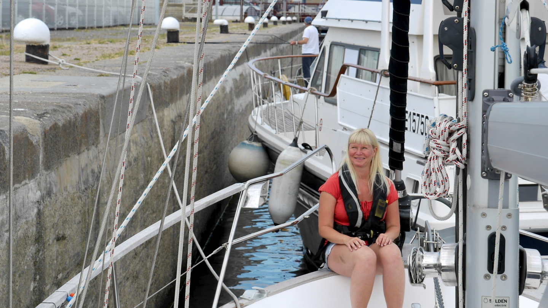 Eve in Bassin Vauban lock in St Malo