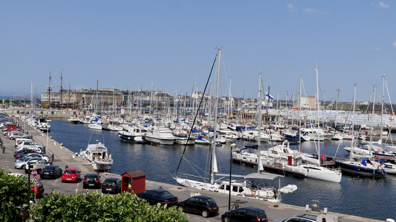 Suwena in Bassin Vauban marina in St Malo