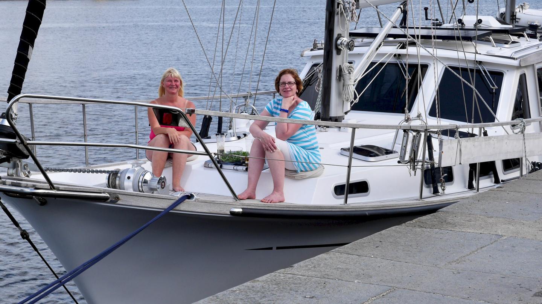 Eve ja Merja Suwenan kannella St Malossa