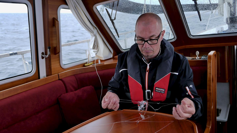 Esa selvittämässä kalavieheitä Bretagnen rannikolla